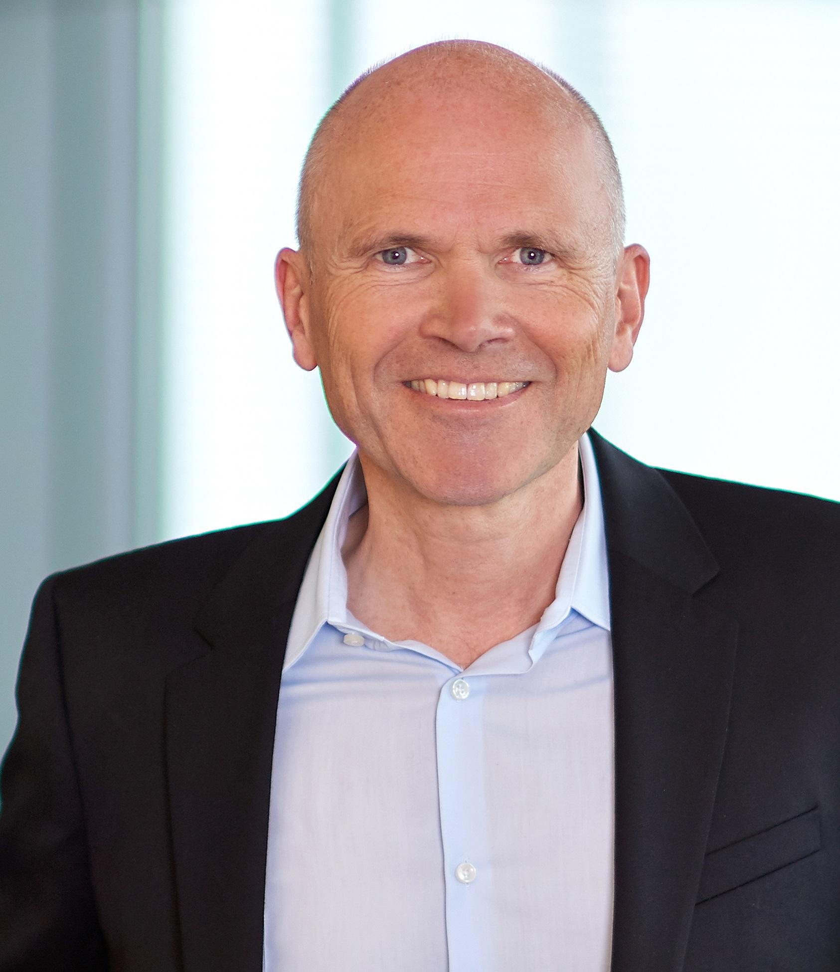 Prof. Dr. Dirk Holtbrügge